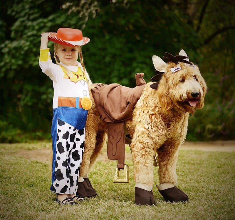 Montana dressed like a horse with a little cowgirl - Camp Little Tooth Pediatric Dentistry
